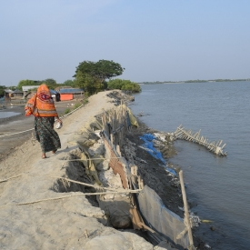 Bangladesh coast at risk of climate change